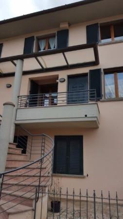 Appartamento in vendita a Rapolano Terme, 4 locali, prezzo € 150.000 | Cambio Casa.it