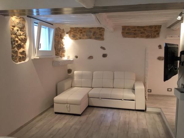 Loft / Openspace in vendita a Lerici, 2 locali, prezzo € 250.000 | Cambio Casa.it
