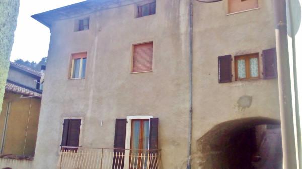 Appartamento in vendita a Vezzano, 4 locali, prezzo € 105.000 | Cambio Casa.it