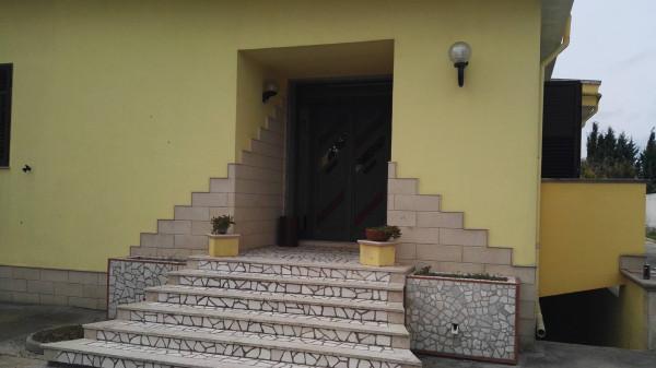 Villa in vendita a Veglie, 6 locali, prezzo € 320.000 | Cambio Casa.it