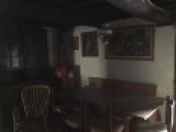 Rustico-casale Altro in Vendita a Cantagallo