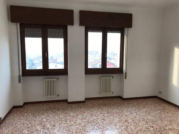 Appartamento in vendita a Bovezzo, 4 locali, prezzo € 99.000 | Cambio Casa.it
