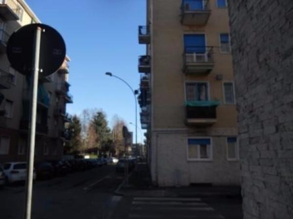 Bilocale Cesano Boscone Via Francesco Petrarca 13