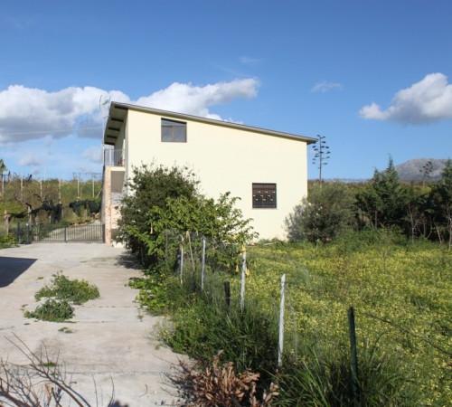 Villa in vendita a Partinico, 2 locali, prezzo € 120.000 | Cambio Casa.it