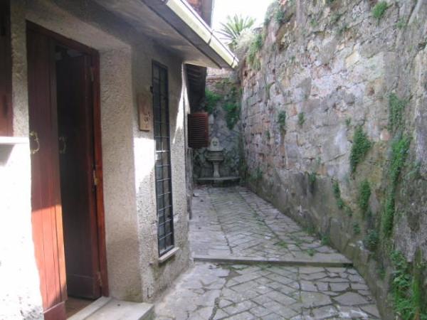 Palazzo-stabile Vendita Vallerano