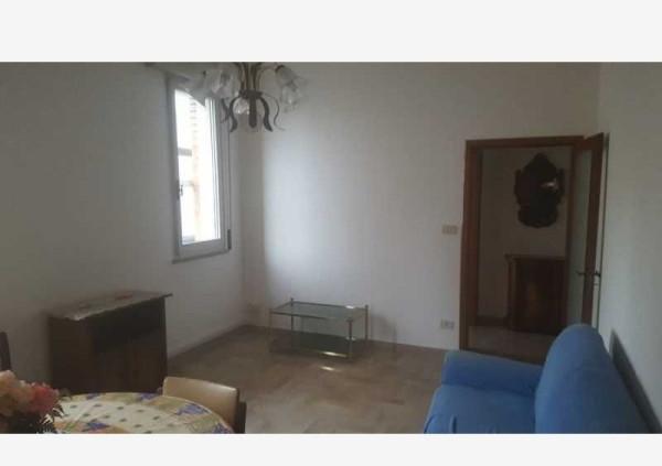 Bilocale Cesena Via Cesare Battisti, 47023-cesena Fc 2