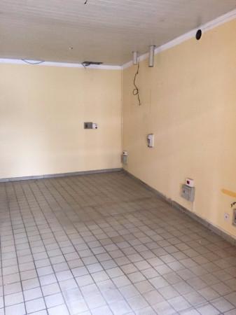 Negozio / Locale in affitto a Pinerolo, 1 locali, prezzo € 480 | Cambio Casa.it