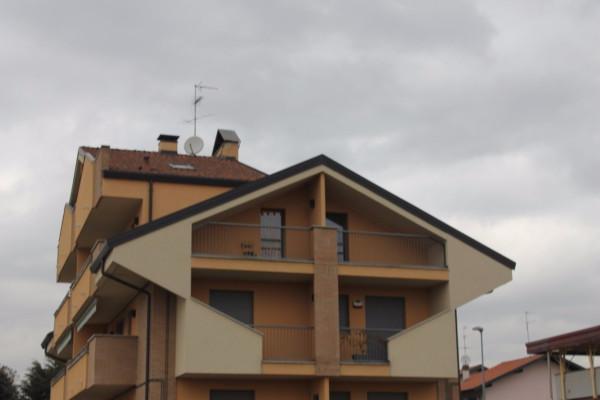 Bilocale Canegrate Via Spluga 9