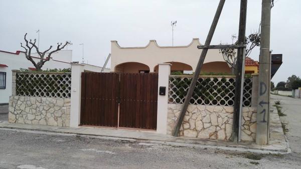 Villa in vendita a Porto Cesareo, 6 locali, prezzo € 145.000 | Cambio Casa.it