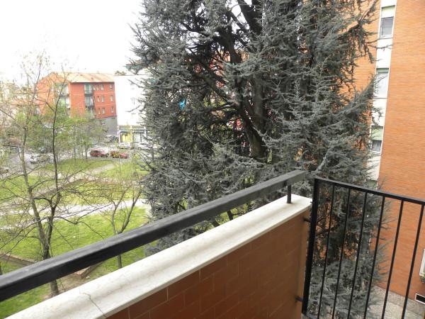Bilocale Milano Via Bartolomeo Cabella 4