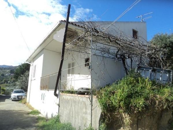 Villa in vendita a Patti, 9999 locali, prezzo € 150.000   Cambio Casa.it