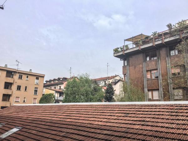 Bilocale Milano Via Orti 11