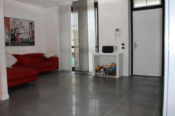Appartamento in vendita a Rodano, 4 locali, prezzo € 315.000   Cambio Casa.it