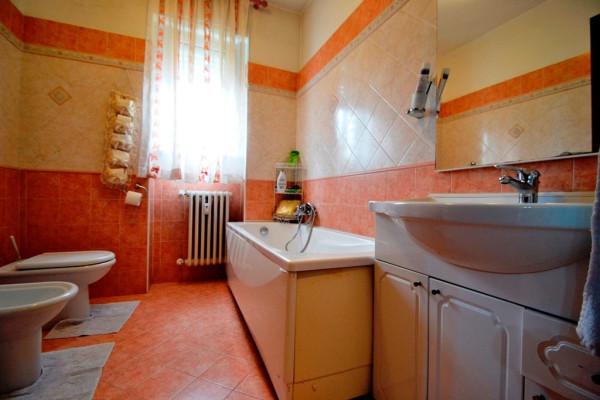 Bilocale Baranzate Via Erto 12