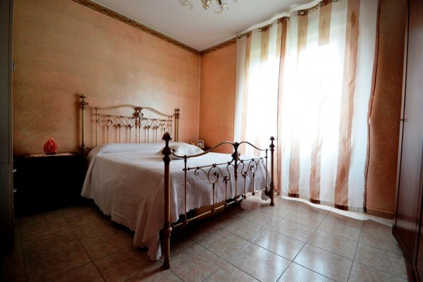 Bilocale Baranzate Via Erto 9