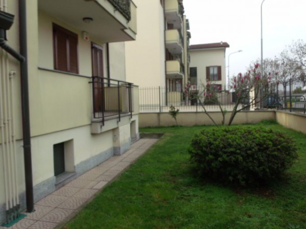 Appartamento in vendita a Trecate, 3 locali, prezzo € 107.000 | CambioCasa.it