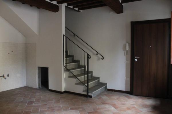 Rustico / Casale in vendita a Capannori, 5 locali, prezzo € 450.000 | Cambio Casa.it