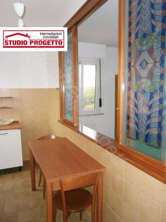 Bilocale Cantù Via Piemonte 9