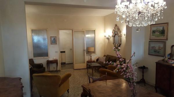 Appartamento in vendita a Venezia, 5 locali, zona Zona: 8 . Lido, prezzo € 400.000 | Cambio Casa.it