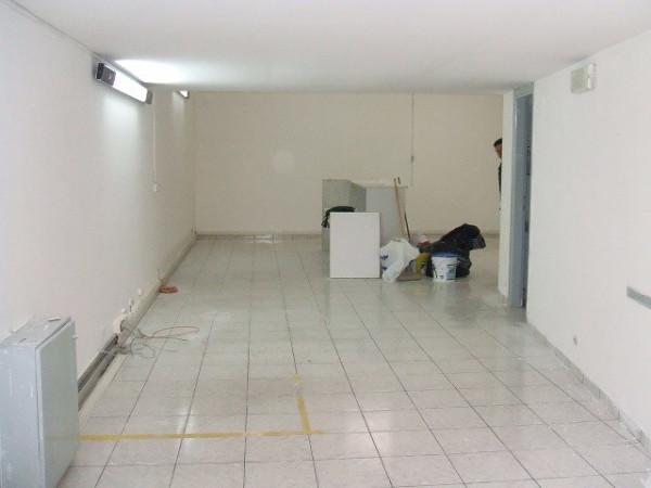 Negozio / Locale in vendita a Formia, 1 locali, prezzo € 90.000 | Cambio Casa.it