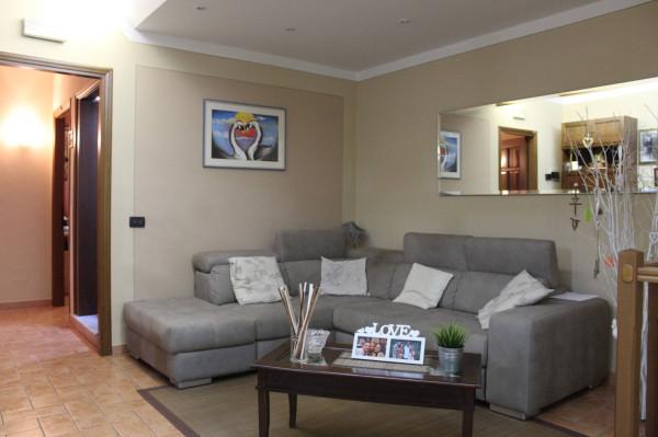 Villa in vendita a Altopascio, 4 locali, prezzo € 250.000 | Cambio Casa.it