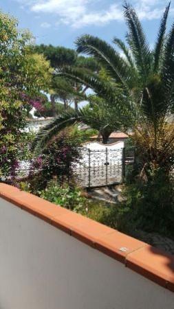 Villa in vendita a San Felice Circeo, 6 locali, prezzo € 445.000 | Cambio Casa.it