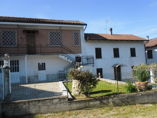 Rustico / Casale in vendita a Mombaruzzo, 5 locali, prezzo € 75.000 | Cambio Casa.it