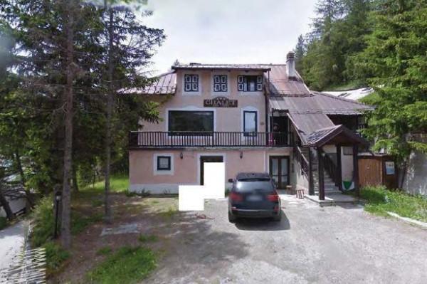 Albergo in vendita a Claviere, 6 locali, prezzo € 292.000 | Cambio Casa.it