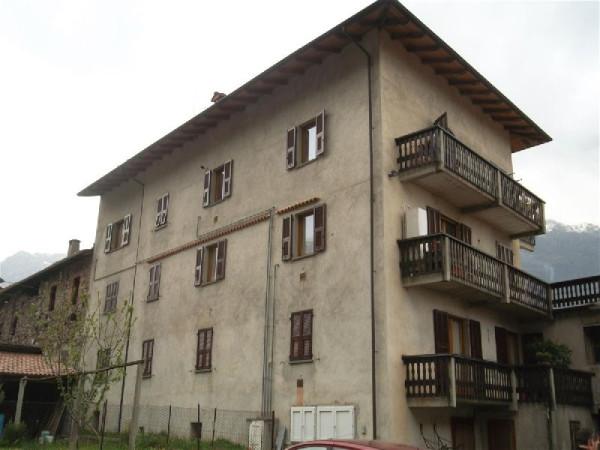 Appartamento in vendita a Tavagnasco, 4 locali, prezzo € 80.000 | Cambio Casa.it