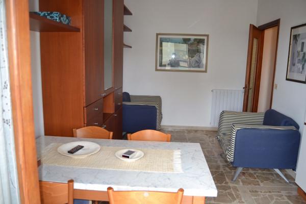 Bilocale Pietra Ligure Via Lombardia 2