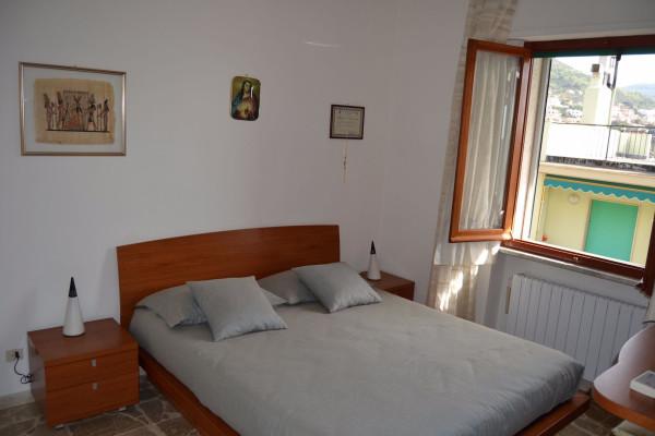 Bilocale Pietra Ligure Via Lombardia 3