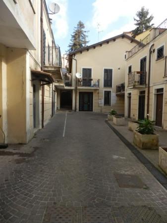 Bilocale Genzano di Roma Via Italo Belardi 12