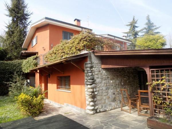 Villa in vendita a Lesmo, 6 locali, prezzo € 790.000 | Cambio Casa.it