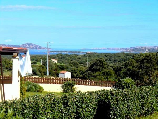 Villa in vendita a Santa Teresa Gallura, 6 locali, prezzo € 548.000 | Cambio Casa.it