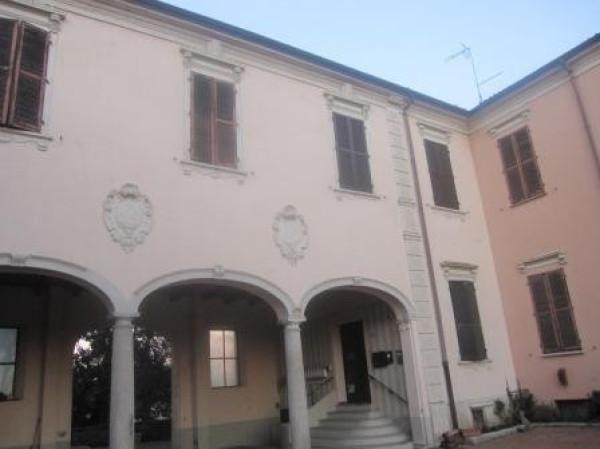 Appartamento in vendita a Chignolo Po, 3 locali, prezzo € 55.000 | Cambio Casa.it