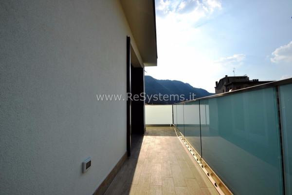Bilocale Como Via Luciano Manara 4