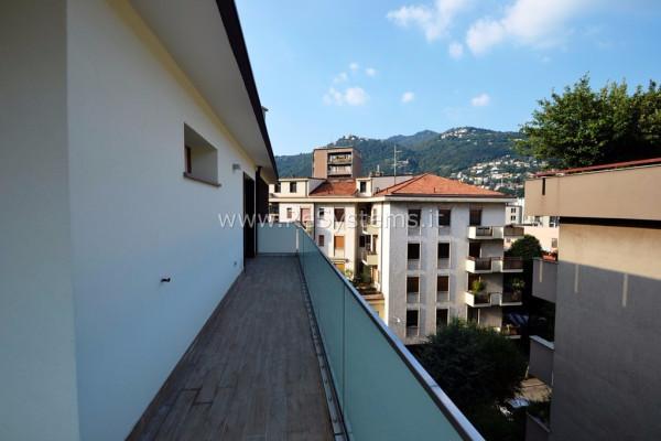 Bilocale Como Via Luciano Manara 6