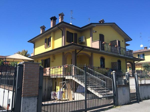 Villa in vendita a San Colombano al Lambro, 9999 locali, prezzo € 285.000 | Cambio Casa.it