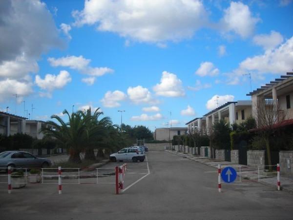 Bilocale Melendugno Via Massimo Troisi 5