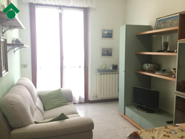 Bilocale Novara Via Pascal 4
