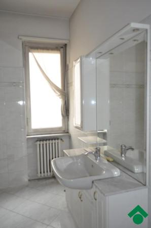 Bilocale Torino Corso Taranto, 208 2