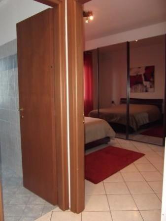 Bilocale Milano Via Mecenate, 2 8