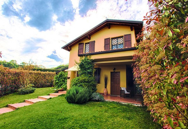 Villa in vendita a Pianoro, 4 locali, prezzo € 495.000 | Cambio Casa.it