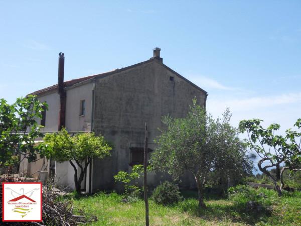 Rustico / Casale in vendita a Maratea, 6 locali, prezzo € 175.000 | Cambio Casa.it