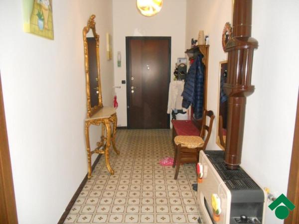 Bilocale Viverone Via Lido, 17 3