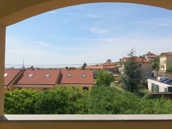 Bilocale Pietra Ligure Via Ranzi 3
