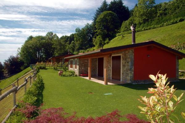 Villa in vendita a Gignese, 4 locali, prezzo € 385.000 | Cambio Casa.it