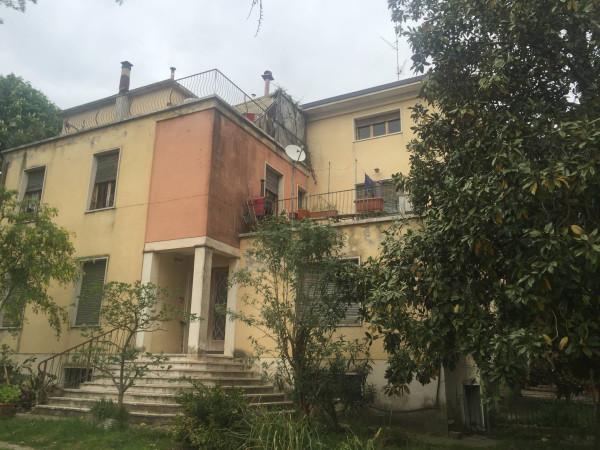 Villa in Vendita a Perugia Periferia: 5 locali, 500 mq