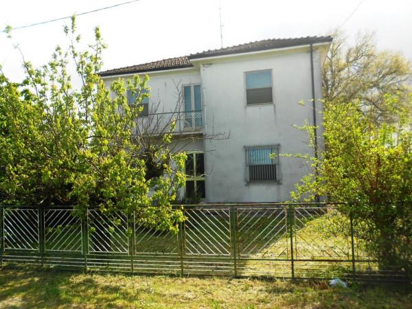 Soluzione Indipendente in vendita a Forlì, 5 locali, prezzo € 168.000 | Cambio Casa.it