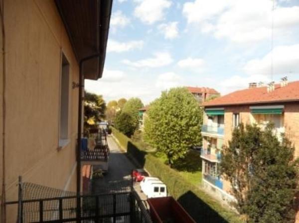 Bilocale Torino Via Valgioie 8